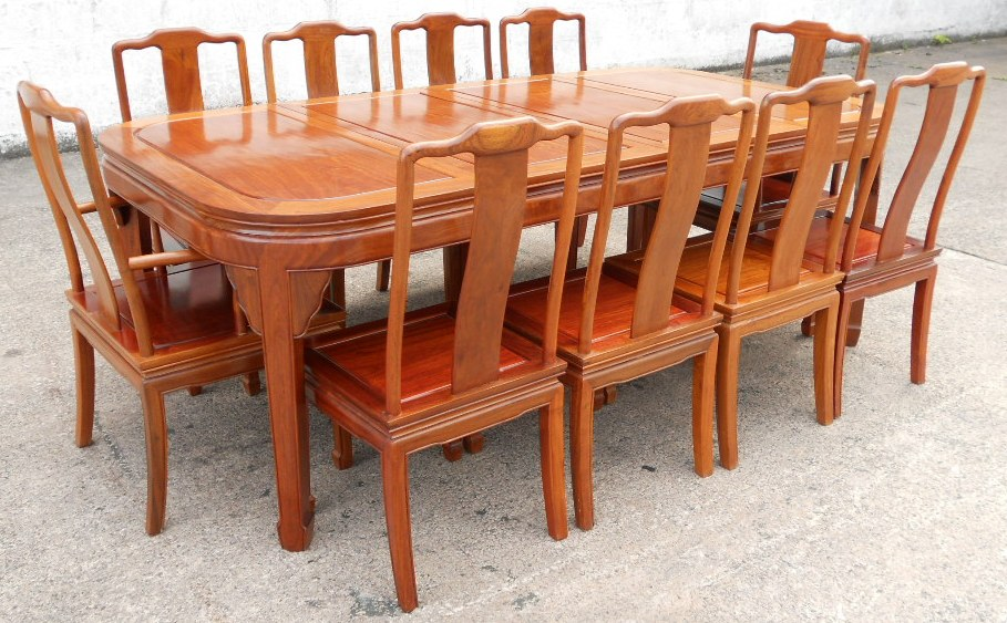 Extending Dining Table amp Ten Matching Chairs